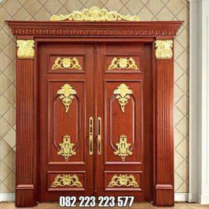 Pintu Klasik Eropa Model Ukir Mewah Kupu Tarung