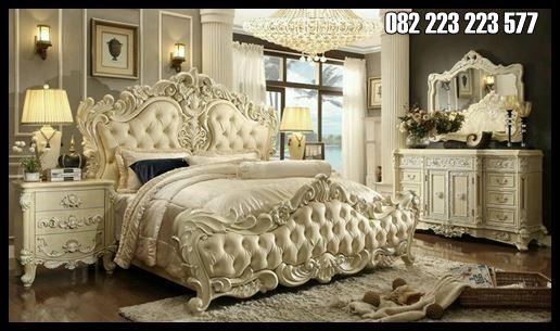 Tempat Tidur Ukir Mewah Desain Klasik 1 set Lengkap