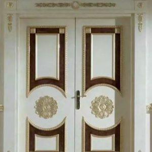 Pintu Ukir Kupu Tarung Cat Duco Model Klasik Mewah