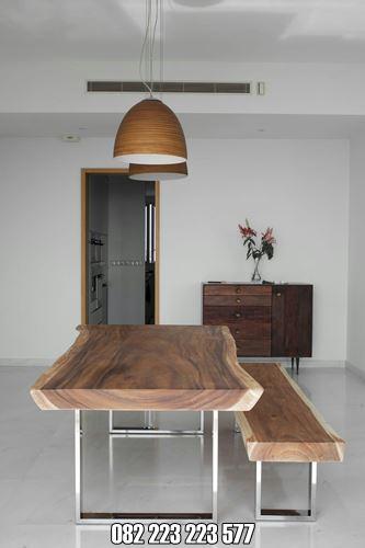 Meja Trembesi Modern Untuk Ruang Tengah Rumah
