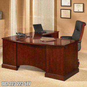 Meja Kantor Jati Minimalis Untuk Staff